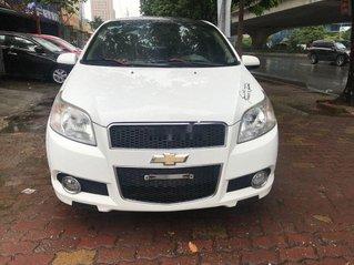 Cần bán lại xe Chevrolet Aveo 2017, màu trắng, số tự động