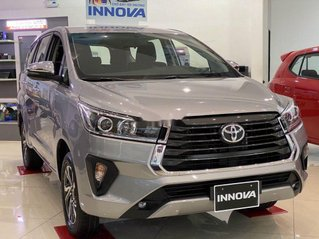 Bán xe Toyota Innova sản xuất năm 2020, xe chính hãng