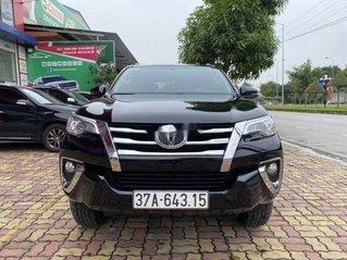 Bán xe Toyota Fortuner sản xuất năm 2019, màu đen