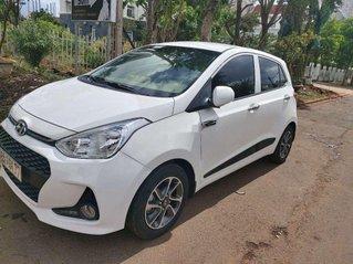 Cần bán gấp Hyundai Grand i10 đời 2019, màu trắng, giá tốt