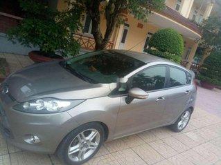 Cần bán gấp Ford Fiesta sản xuất năm 2012, nhập khẩu giá cạnh tranh