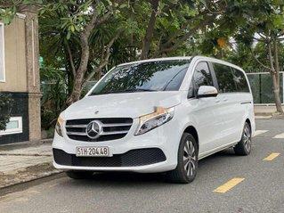 Bán gấp chiếc Mercedes Benz V250 luxury sản xuất năm 2019 xe đi ít