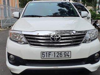 Bán Toyota Fortuner Sportivo máy xăng, đăng ký 2015, mới 98%