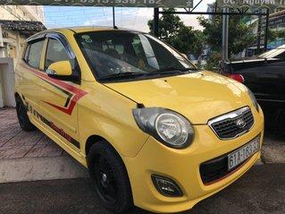 Cần bán gấp Kia Morning sản xuất 2010, xe chính chủ giá mềm