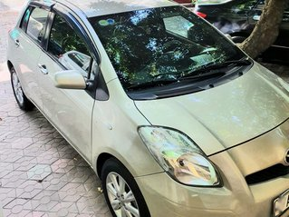 Cần bán Toyota Yaris sản xuất 2010, giá 320tr