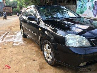 Cần bán lại chiếc Daewoo Lacetti số sàn đời 2004, xe còn mới giá ưu đãi