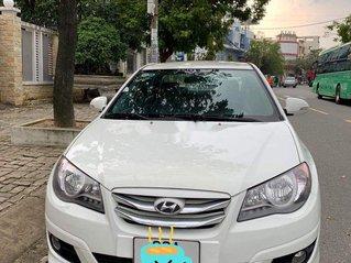 Bán Hyundai Avante năm 2016, màu trắng số sàn, 339tr