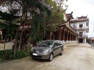Bán lại xe Nissan Grand livina sản xuất 2011, màu xám xe gia đình, giá chỉ 296 triệu