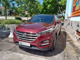 Chính chủ cần bán xe Hyundai Tucson nhập khẩu, màu đỏ, sản xuất 2016, bản đặc biệt