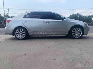 Bán Kia Forte năm sản xuất 2010, màu bạc, nhập khẩu nguyên chiếc còn mới giá cạnh tranh