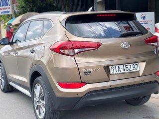 Chính chủ cần bán gấp chiếc Hyundai Tucson 2.0 ATH, sản xuất năm 2018