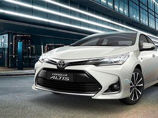 Cần bán xe Toyota Corolla Altis đời 2020, màu trắng