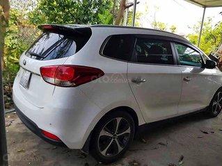 Bán ô tô Kia Rondo sản xuất năm 2016, màu trắng, xe gia đình
