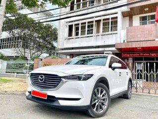 Cần bán gấp Mazda CX 8 đời 2019, màu trắng, chính chủ sủ dụng