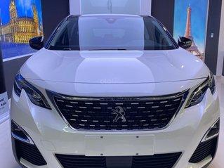 Peugeot 5008 AT giá chỉ từ 1,099 tỷ