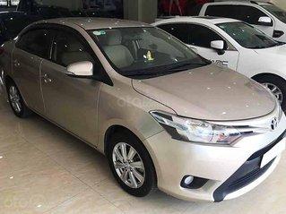 Cần bán xe Toyota Vios năm sản xuất 2017, màu vàng cát