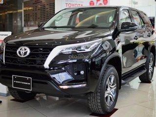 Toyota Fortuner 2021 giá tốt nhất miền Trung, hỗ trợ trả góp lãi suất cực thấp, đủ màu giao ngay toàn quốc
