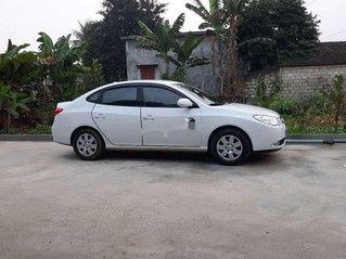 Cần bán xe Hyundai Elantra sản xuất năm 2011, xe chính chủ giá mềm