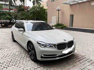 Cần bán gấp BMW 740Li sản xuất 2015, màu trắng, xe nhập