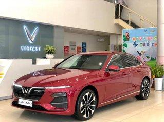 Bán xe VinFast LUX A2.0, trả trước 150 triệu