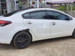 Bán ô tô Kia Cerato 2017, màu trắng chính chủ