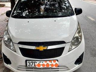 Cần bán xe Chevrolet Spark sản xuất 2011, màu trắng còn mới