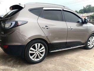 Cần bán xe Hyundai Tucson sản xuất năm 2011, màu nâu, nhập khẩu