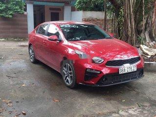 Bán xe Kia Cerato sản xuất năm 2019, màu đỏ, xe gia đình