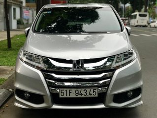 Gia đình bán Honda Odyssey sản xuất 2016, màu bạc, nhập khẩu