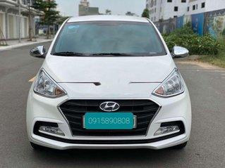 Cần bán Hyundai Grand i10 sản xuất 2019, màu trắng số sàn, giá tốt