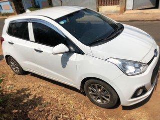 Cần bán gấp Hyundai Grand i10 năm 2014, màu trắng, nhập khẩu, 235tr