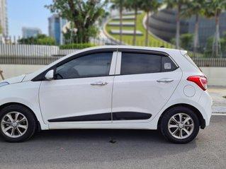 Cần bán Hyundai Grand i10 1.2 AT sản xuất 2016 nhập khẩu