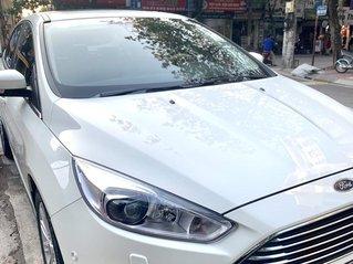 Cần bán lại Ford Focus Titanium 2017, xe gia đình, đi 30000km - 600 triệu