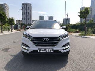 Bán nhanh Hyundai Tucson 2.0 máy xăng đặc biệt 2018