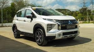 Cần bán xe Mitsubishi Xpander Cross đời 2020, màu trắng