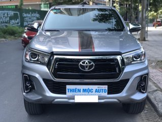 Xe Toyota Hilux 2.8G 4x4 AT 2018