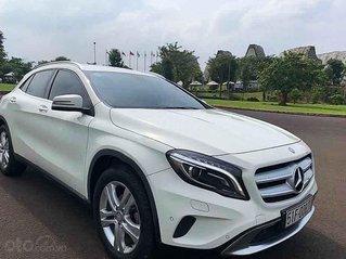 Cần bán Mercedes GLA200 sản xuất năm 2014, màu trắng, nhập khẩu