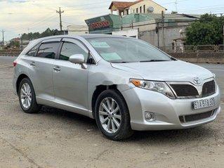 Bán Toyota Venza năm sản xuất 2009, màu bạc xe gia đình, giá 639tr