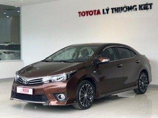 Bán trả góp Toyota Altis 2016 bản 2.0V, giá 670 triệu tại Tây Ninh