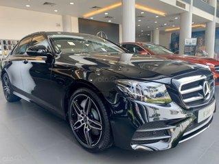 Mercedes-Benz E300 AMG 2020 - hỗ trợ 50% thuế trước bạ cùng quà tặng chỉ trong tháng 11