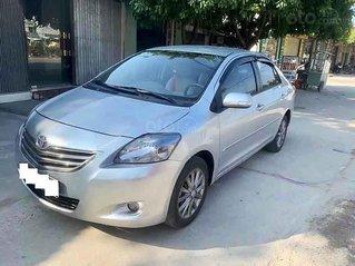 Bán Toyota Vios sản xuất năm 2013, màu bạc còn mới