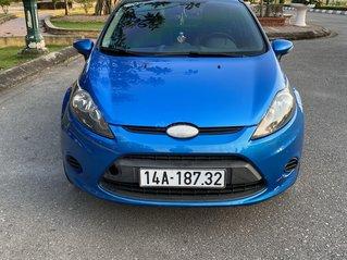Bán Ford Fiesta đời 2011, màu xanh lam xe gia đình