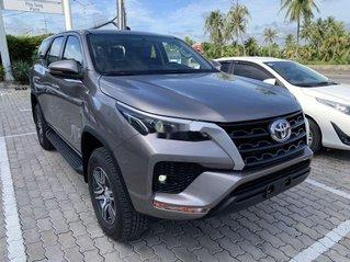 Bán Toyota Fortuner 2.4G MT sản xuất năm 2020, giao nhanh toàn quốc