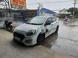 Cần bán xe Hyundai Accent 2015, màu trắng, nhập khẩu