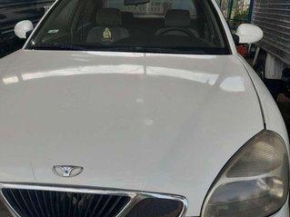 Cần bán Daewoo Nubira năm 2003, màu trắng, xe nhập, 72tr