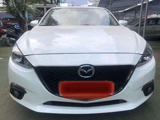 Cần bán gấp Mazda 3 sản xuất năm 2017 xe gia đình