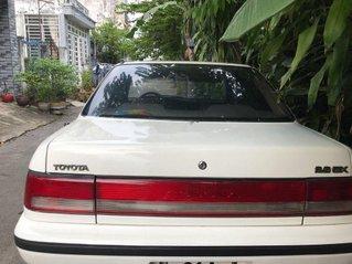 Bán Toyota Corona sản xuất 1990, màu trắng, giá chỉ 80 triệu