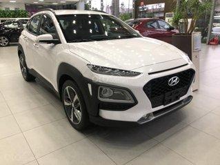 Hyundai Kona mẫu mới, có sẵn, giao xe trước Tết, khuyến mãi lớn, hỗ trợ vay ưu đãi 80% lãi suất thấp