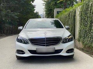 Bán nhanh Mercedes E200 2013, tư nhân 1 chủ, trắng nội thất nâu
