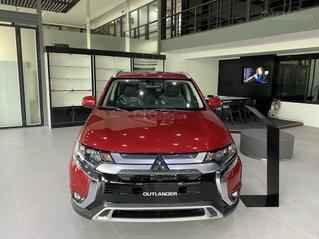 Mitsubishi Outlander 2.0 CVT Premium 2020 hỗ trợ 100% thuế trước bạ - tặng camera 360